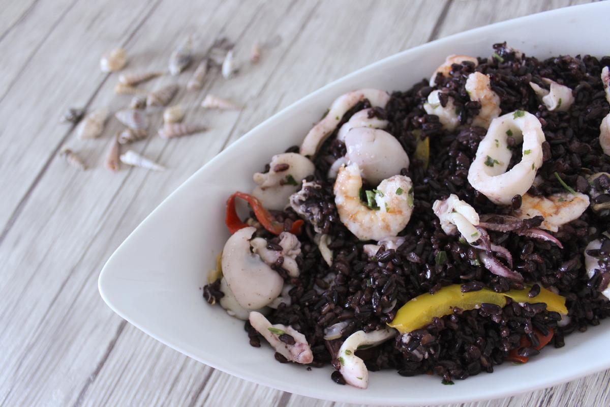 Insalata di riso venere monicas kitchen la cucina di una casa senza glutine - Cucinare riso venere ...
