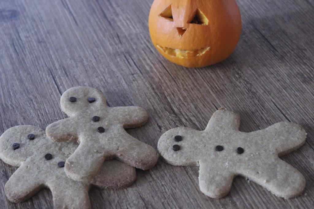 halloweenbisc1